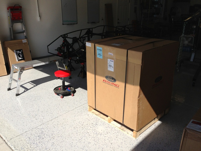 Crate Engine in a box-001