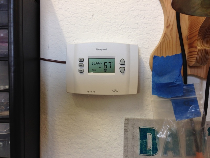 Wall Thermostat-0001